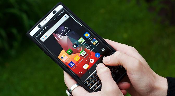 Большой выбор аксессуаров для BlackBerry KEYone